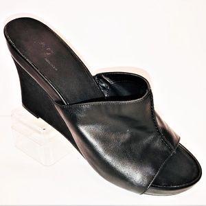 Aerosoles 10 M Heart Plush Comfy Black Wedge Heels